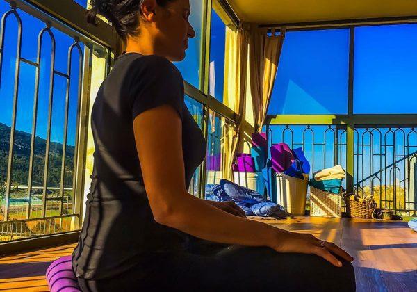על מדיטאציה-לשבת עם הגוף